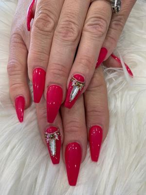 red glossy and matte nails